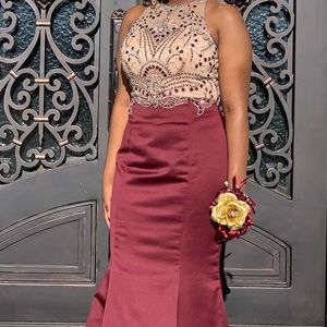 Prom dress with embroidery